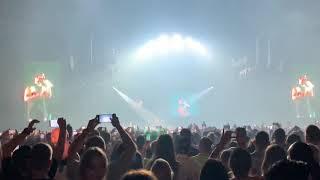 Maluma Hola Senorita (Maria) Live Concert Budapest 2019