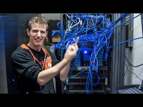 Fixing the DISASTER – Server Room Vlog Pt. 1