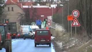 preview picture of video 'Zpomalovací semafor, Horoměřice'
