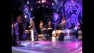 Tony Orlando sings DOO WOP MEDLEY at Epcot 2010