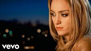 Lea Castel   Dernière Chance Ft. Soprano