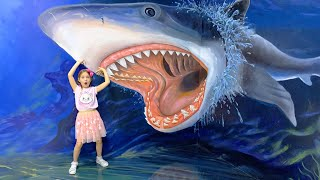 Sofia's Fun Day at Children's outdoor Park and the Museum of illusions!