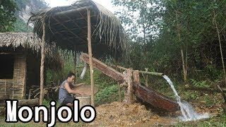 "Builds A Water-Powered Hammer With Primitive Skills, ""Monjolo"" Used For Pound Rice 
