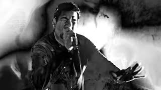 Musik-Video-Miniaturansicht zu Genesis Songtext von Deftones