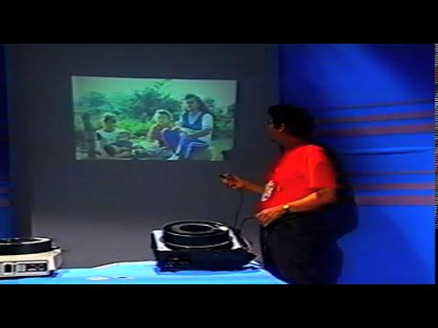 """Hágalo Usted Mismo  """" Manejo del Proyector de Diapositivas""""  -UIS 1992-"""