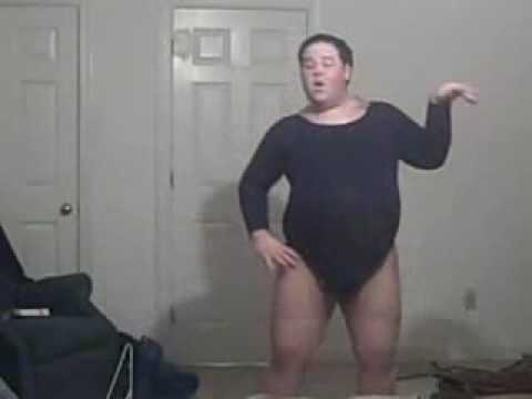 Chubby fat guy dances to Beyonce Single Ladies (put a ring on it) funny as