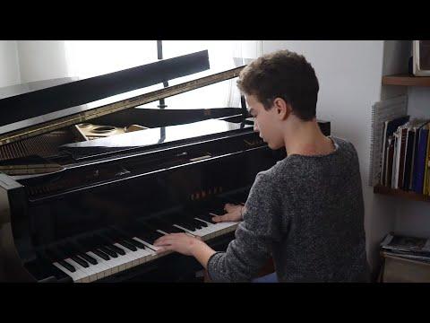 """""""A 3 anni piangevo per non suonare, ora vivo con il pianoforte"""""""