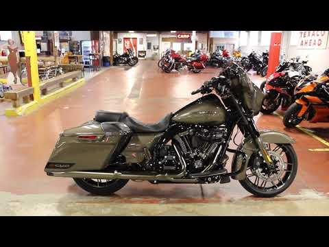 2021 Harley-Davidson CVO™ Street Glide® in New London, Connecticut - Video 1