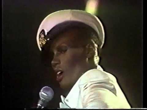Grace Jones - Autumn Leaves 1978 live at Roseland