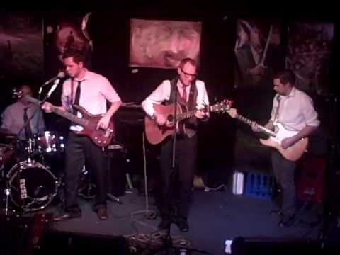 The Lowis Lanes - '12:30' Live At The Hobbit