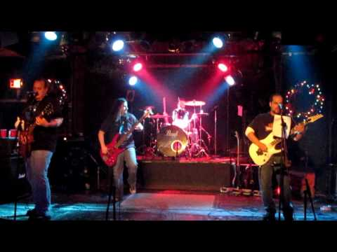 "Sinister Grin Live ""No Guarantee - Set Me Free"""