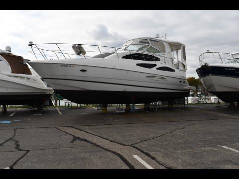 Cruisers Yachts 455 Express Motoryacht video