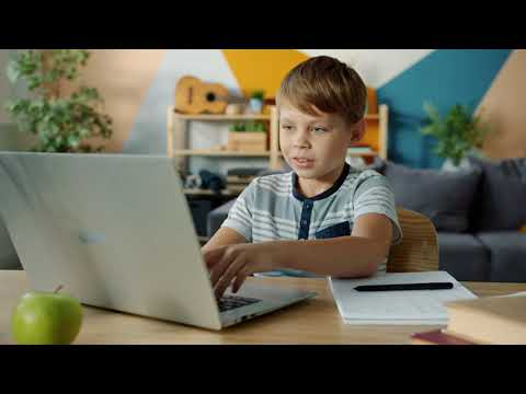 Live online language classes for kids and teenagers