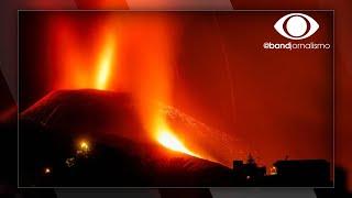 Cume de vulcão nas Ilhas Canárias desaba com peso da lava