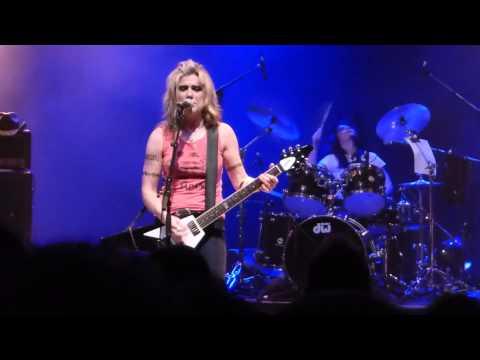 L7 - Scrap Live - Toronto 09/06/2015 online metal music video by L7