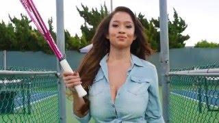Теннис и огромные груди