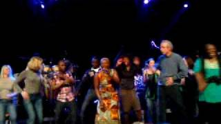 Angelique Kidjo Tumba.MP4