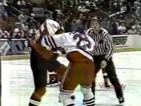 Rudy Poeschek vs. Jeff Chychrun