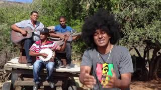 Ko Lat Os Sing by Klipbok featuring Emile YX?