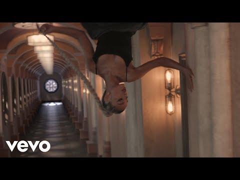 Ariana Grande - no tears left to cry