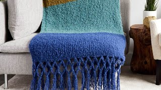 Left Hand: Knit Simple Texture Knit Blanket Pattern