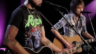 Boys Like Girls Feat. Taylor Swift - Two Is Better Than One - Live Stripped Performances