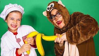 Повар Эмилюша готовит с обезьянкой на Сказочной Кухне