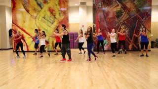 """En La Oscuridad"" Yandel Ft. Gilberto Santa Rosa - Zumba Choreography"