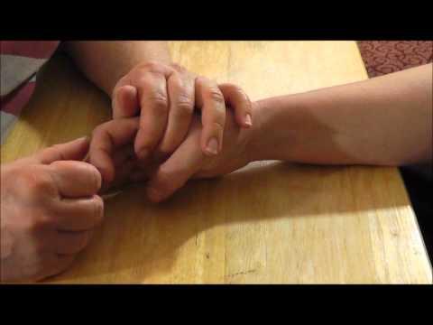 Rückenschmerzen und Beinschmerzen links