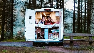 A CHRISTMAS VAN TOUR 🎄// COUPLE'S BRILLIANT VAN - Built Without Experience during LockDown 😷 by Nate Murphy