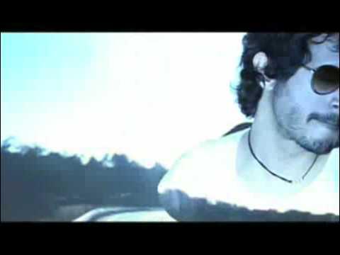QUIERO QUE TE QUITES LA ROPA - PERRO FLACO (VIDEOCLIP)