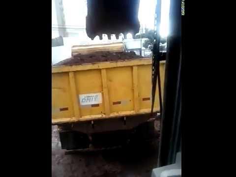 xxx trampo com máquinas pesada xxx(6)