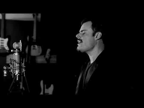 Marc kan synge som både Mercury og Pavarotti