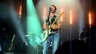 James Blunt - Turn Me On live in Rostock Stadthalle 06-10-2011