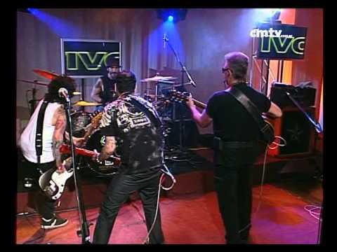 León Gieco video Yo soy Juan - Un León D - Mente - CM Vivo 2009