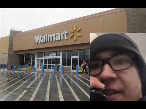 Kid quits Walmart quite publicly