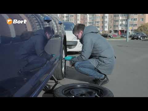 Замена колеса с помощью гайковерта
