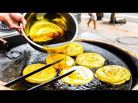 INCREDIBLE Street Food in China | SICHUAN Chinese Street Food Tour - DAN DAN Noodles + SPICY Chicken