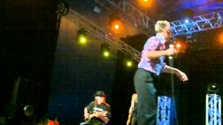 Byron Bay Bluesfest 2012 - Alabama 3 - Speed of the Sound of Loneliness.mp4