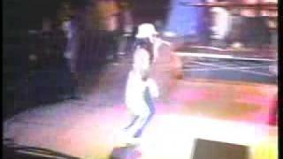 Aaliyah- Back And Forth Live on The Superfest  Tour 97'
