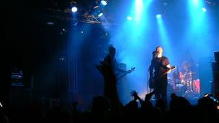 Apulanta - Hyvää Huomenta Suomi (Karma cover, live at Välipuistorock 2007)