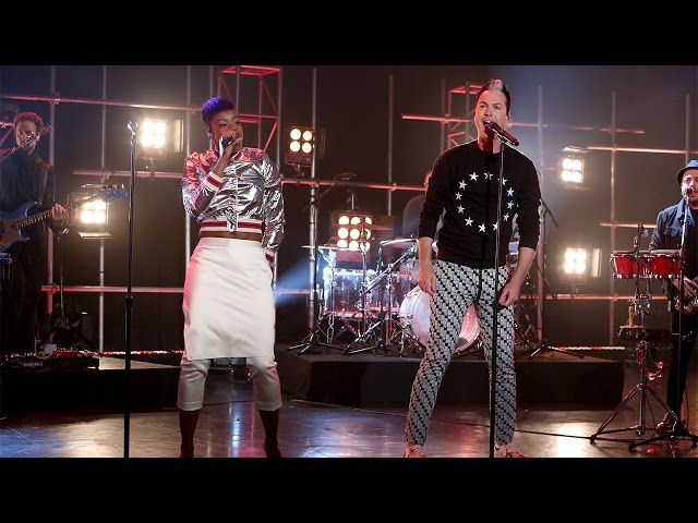 Fitz-and-the-tantrums-perform