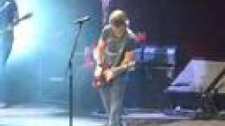 Keith Urban performing Shine