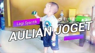Aulian  Anak Bayi Lucu Joget Lagu Lagi Syantik  Funny Baby Dance