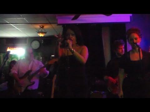 "Robbie Love ""ROCKS"" NYC Live Performance @ Desmond's Thurs 3-28-13 (MyManeFitnessSupreme)"