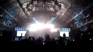 Alesso ft. Ryan Tedder - Scars For Life @ Coachella 2015 Weekend 1 [1080P]