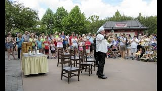 Chair-Climbing Street Performers in France, Epcot Disney World (TRY #19) | JER JOHNS