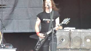 Anvil - March Of The Crabs/666 (Live at Heavy MTL)