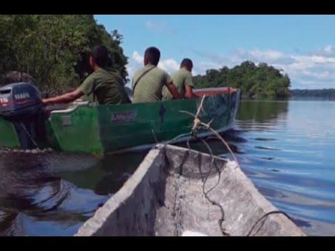 Indigenas de Guainia denuncian que guardias venezolanos les estan quitando sus barcos