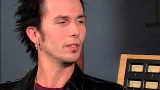 Josh Logan from The Voice - Tommy Lee Interview